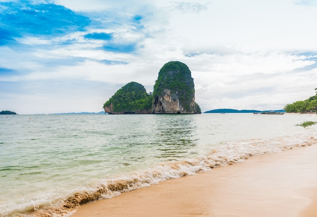 Spiaggia di phra nang a krabi