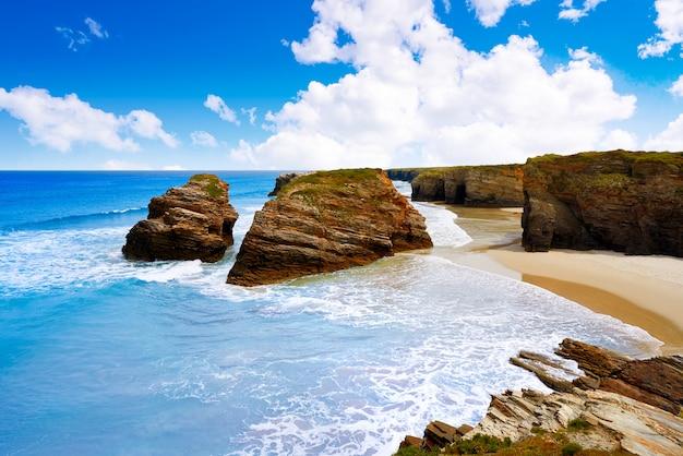 Spiaggia di playa las catedrales catedrais in galizia spagna