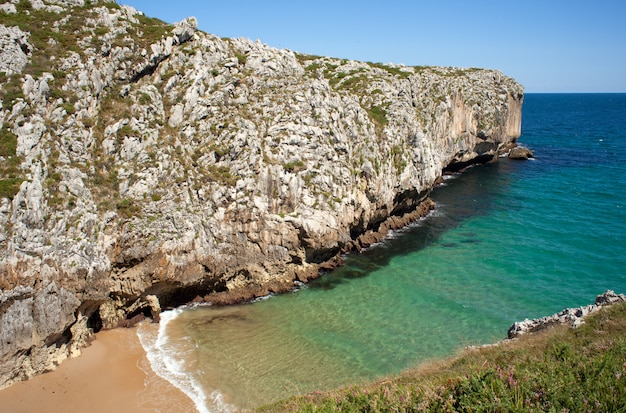 Spiaggia, nueva de llanes. asturie, spagna