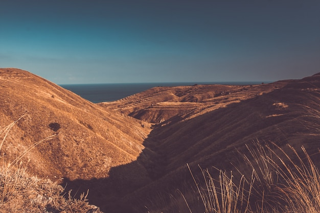 Splendido paesaggio montano. sfondo di natura