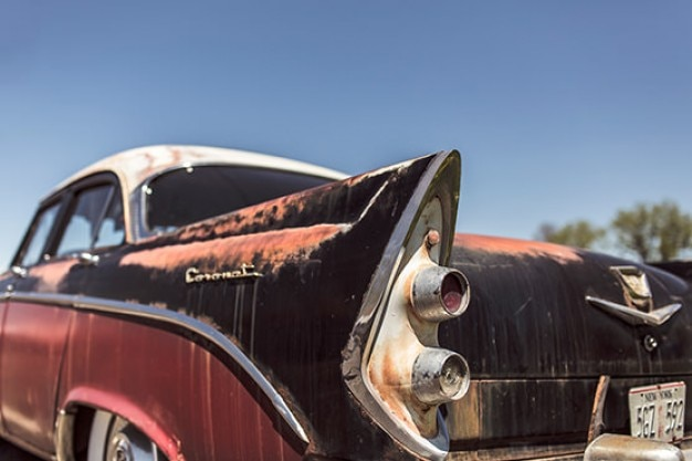 Sporca vecchia auto
