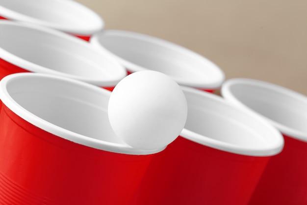 Sport di festa al college - birra pong