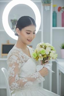 Sposa con abito