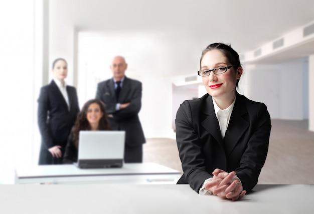 Squadra di affari felice