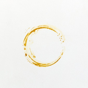 Stampa le macchie di caffè su sfondo bianco