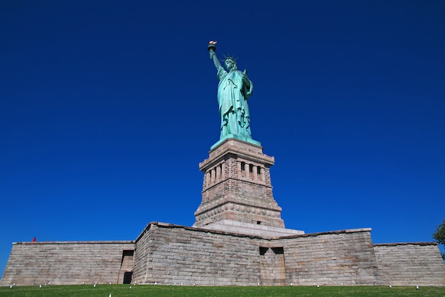Statua della libertà a new york, stati uniti d'america