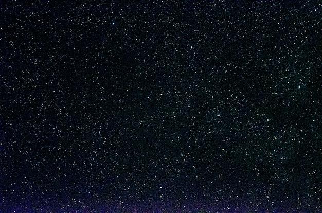 Stelle e galassie spazio esterno cielo notte universo nero stellato