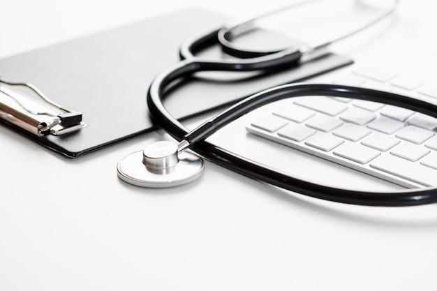 Stetoscopio ad alto angolo con tastiera