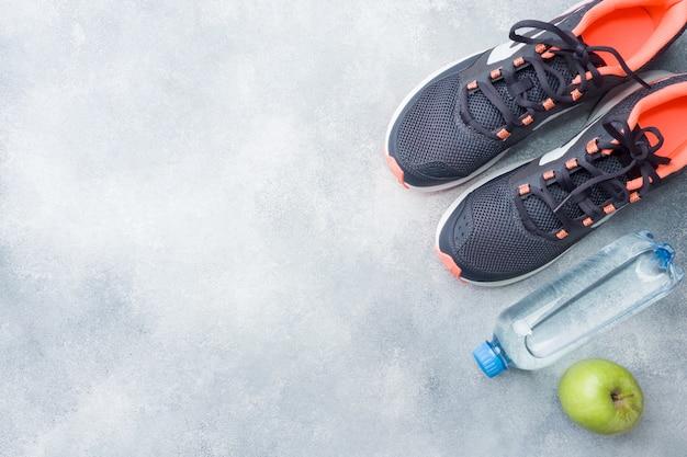 Stile di vita sano, cibo e acqua, attrezzatura per l'atleta