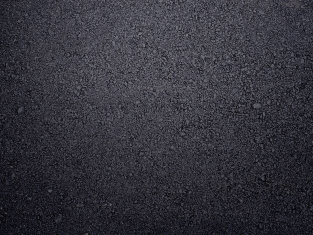 Strada asfaltata ruvida strutturata.
