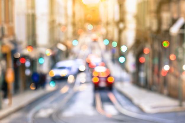 Strada nel vecchio quartiere della città, lisbona