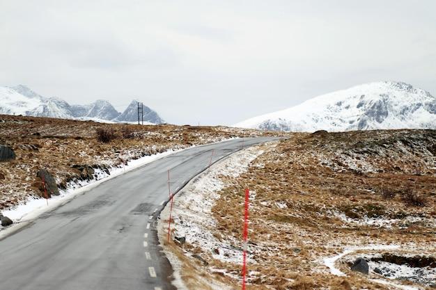 Strada per le montagne