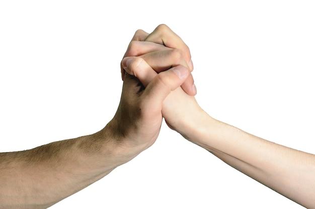 Stretta di mano isolata uomini e donne, il concetto di consenso, assistenza, accordi