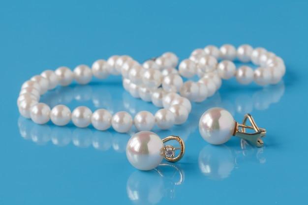 Stringhe di perle