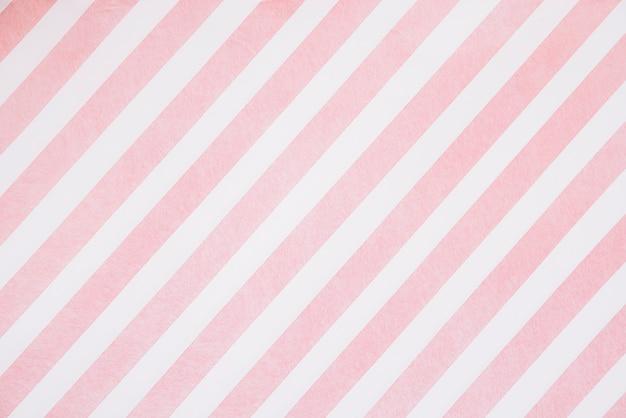 Strisce rosa sul bordo bianco