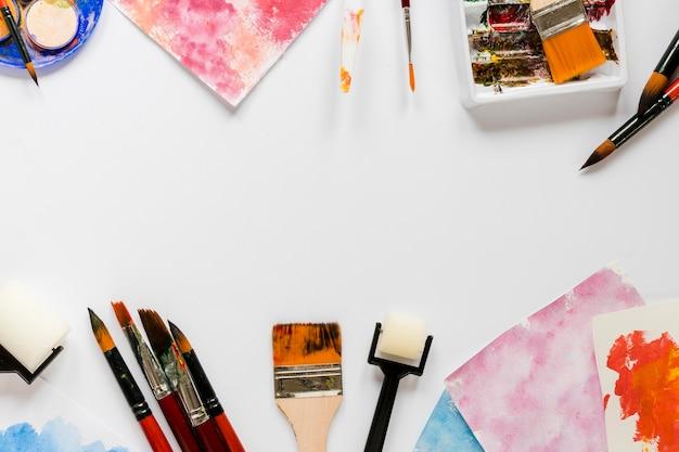 Strumenti di pittura dell'artista