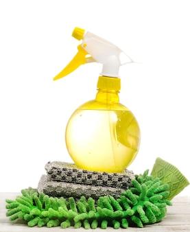 Strumenti di pulizia domestici