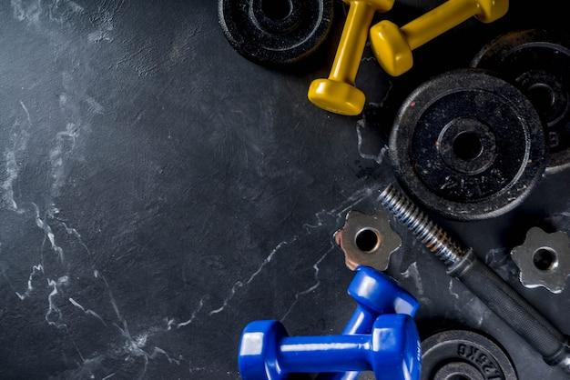Strumenti per il fitness e manubri