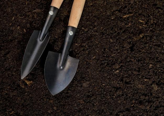 Strumenti suolo per piantare