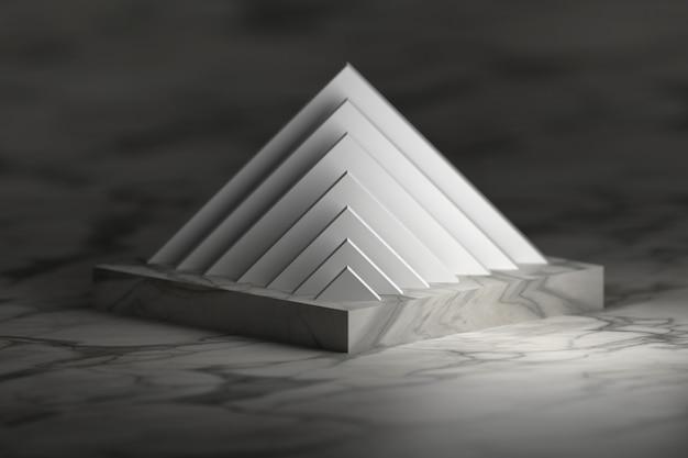 Struttura a piramide sul podio del piedistallo. oggetti astratti con struttura di marmo.