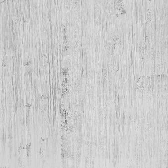 Struttura di legno con le aree danneggiate