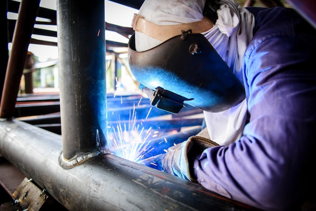 Struttura in acciaio per saldatura