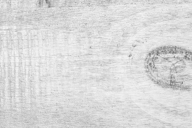 Struttura in legno bianco con imperfezioni