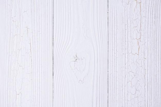 Struttura in legno bianco con sfondo a righe naturale