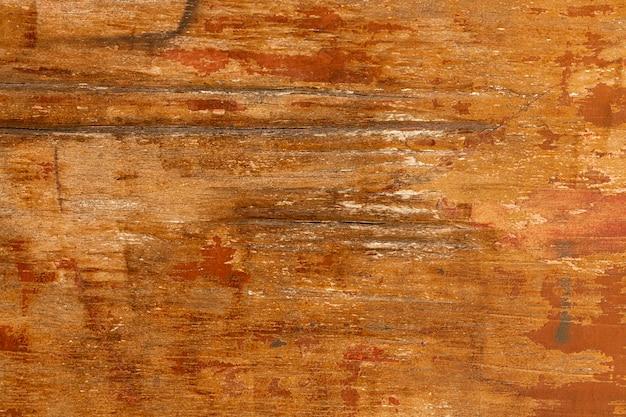 Struttura in legno con superficie usurata
