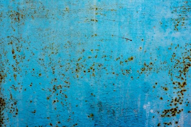 Struttura in metallo con graffi e crepe