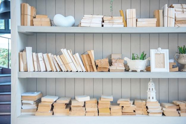 Studio di conoscenza di libri di bookshelf books