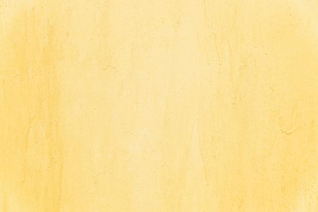 Superficie arrugginita di un foglio di ferro giallo. sfondo. spazio per il testo.