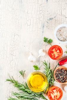 Superficie di cottura, erbe aromatiche, sale, spezie, olio d'oliva
