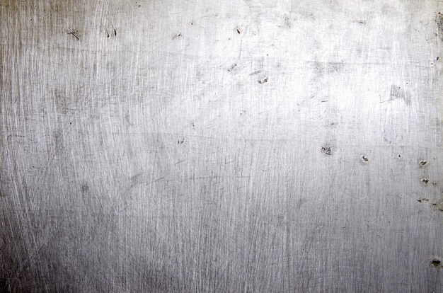 Superficie metallica graffiata
