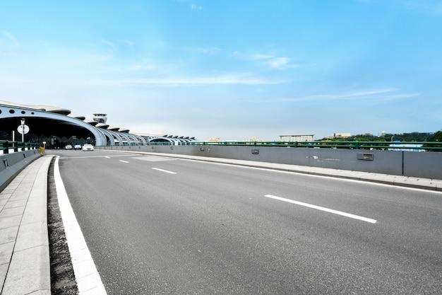 Superstrada dell'aeroporto di qingdao, cina
