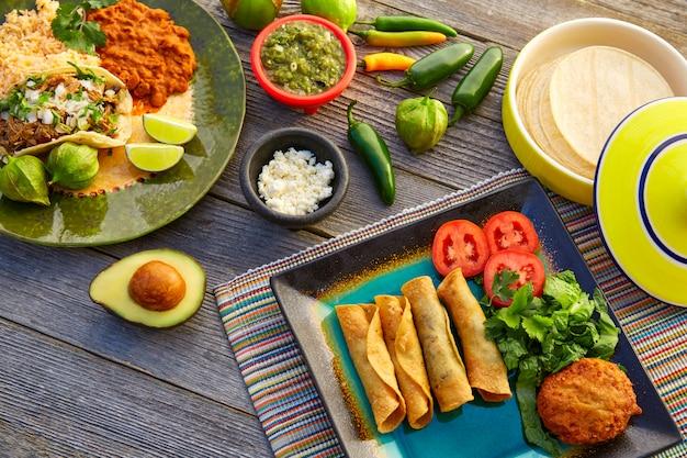 Tacos messicani di carnitas con flautas dal messico