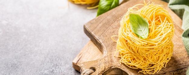 Tagliatelle di pasta fresca all'uovo