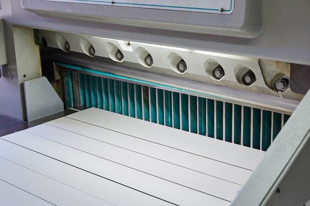 Tagliatrice di carta a ghigliottina macchina da taglio per la stampa