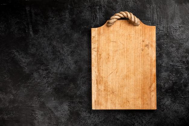 Tagliere in legno vecchio