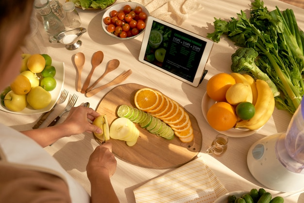 Taglio di frutta