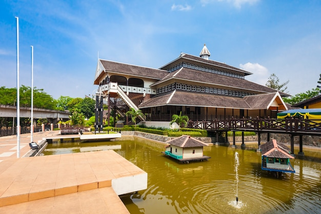 Taman mini indonesia