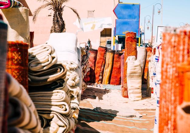 Tappeti sul mercato a marrakech