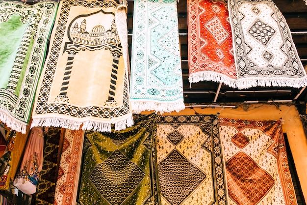 Tappeti sul mercato in marocco