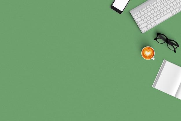 Tastiera, caffè, smartphone, taccuino sulla vista superiore del fondo di colore