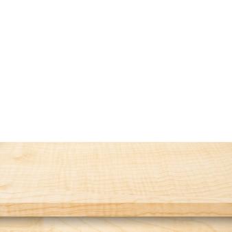 Tavola di legno vuota sul bianco dell'isolato e montaggio dell'esposizione per il prodotto.