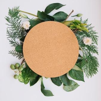 Tavola rotonda sulla composizione floreale