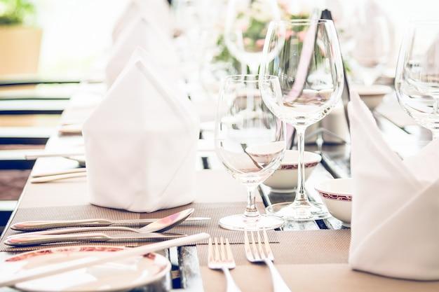 Tavolo da pranzo nel ristorante dell'hotel