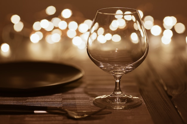 Tavolo del ristorante con posate