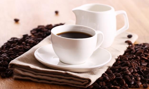 Tazza di caffè caldo
