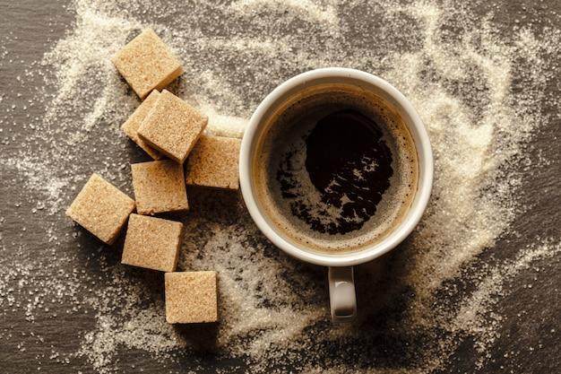 Tazza di caffè con zucchero